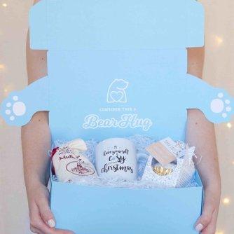 cosy+christmas+bear+hug+in+a+box+hamper+mulled+wine+christmas+cake+mug