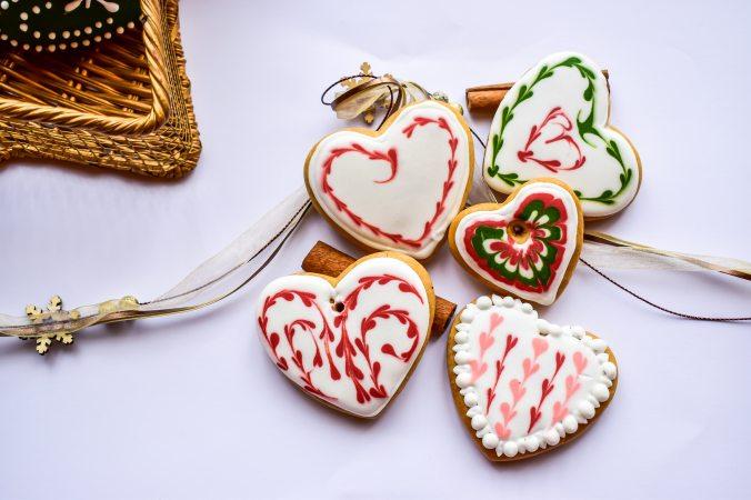 baked-cookies-2934200